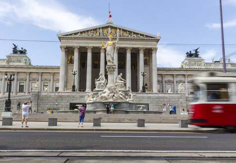 Austria, Vienna, view to parliament building with statue of goddess Pallas Athene in the foreground - EJWF000483