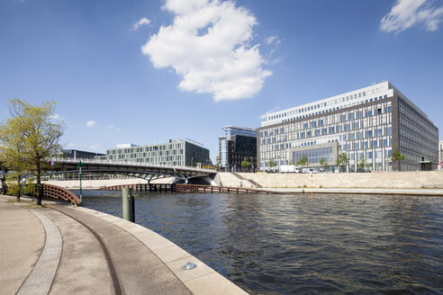 Germany, Berlin, View of German Government Press Conference building, Spree river - WIF000960