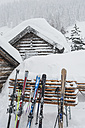 Austria, Salzburg State, Altenmarkt-Zauchensee, skis at a ski hut in snow - HH004909