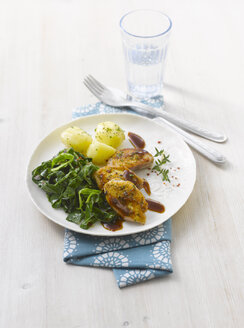 Quail breast with boiled potatoes and sweetheart cabbage - KSWF001333