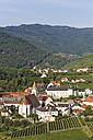 Austria, Lower Austria, Waldviertel, Wachau, Spitz an der Donau, Parish Church Spitz and Castle Spitz-Niederhaus - SIEF005902