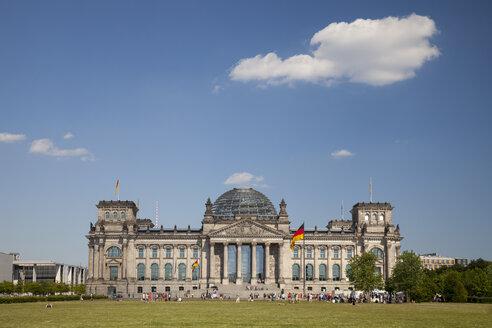 Germany, Berlin, Berlin-Tiergarten, Reichstag building - WIF000986