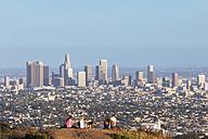 USA, California, Los Angeles, Skyline and tourists - FO006959