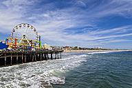 USA, California, Santa Monica, Santa Monica State Beach, Santa Monica Pier, Pacific Park, Big wheel - FOF006926