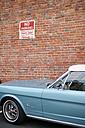 USA, California, San Francisco, vintage car at no parking sign - BRF000730