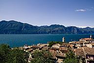 Italy, Veneto, Brenzone, Lake Garda, Castelletto di Brenzone - LVF001816