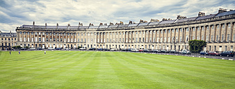 United Kingdom, England, Somerset, Bath, Royal Crescent - DISF000999
