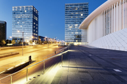 Luxembourg, Kirchberg, Philharmonie Luxembourg in the evening, Architect Christian de Portzamparc - MSF004240