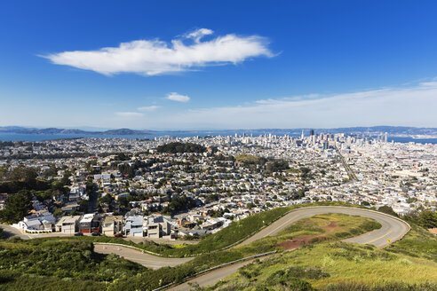 USA, California, San Francisco, View from Twin Peaks, City view with Market Street - FOF007068
