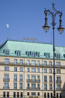 Germany, Berlin, Unter den Linden, Hotel Adlon Kempinski - PS000650