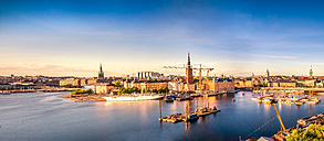 Sweden, Stockholm, Old town at sunset - PUF000063