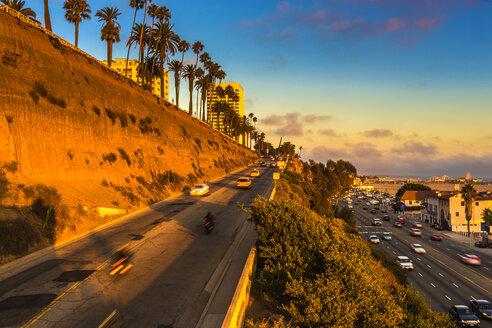 USA, California, Pacific Coast Highway in Santa Monica - JLRF000003