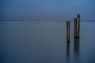 Italy, Lazise, Lake Garda at blue hour - SARF000818
