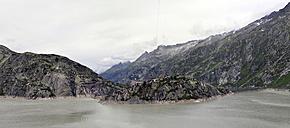 Switzerland, Canton of Bern, Guttannen, Bernese Alps, Lake Grimsel and Hotel Grimsel Hospiz - SCH000415
