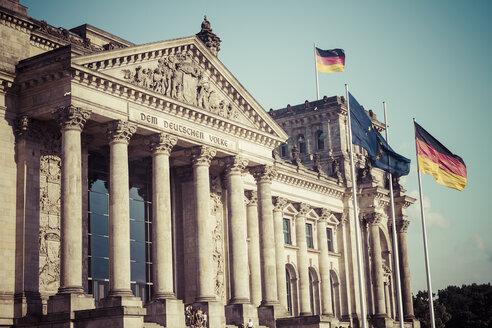 Germany, Berlin, Berlin-Tiergarten, Reichstag building - KRPF001126