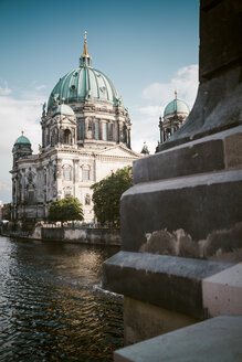 Germany, Berlin, view to Berlin cathedral with Spree River in the foreground - KRPF001159