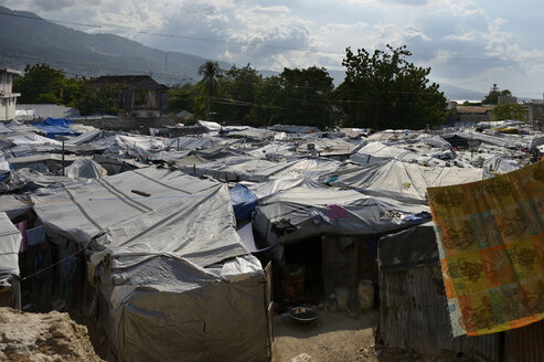 Haiti, Port-au-Prince, Icare Camp for earthquake refugees - FLK000408