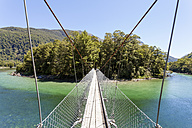 New Zealand, South Island, Milford Sound, Fiordland National Park, Milford Track, swing bridge over river - WV000661