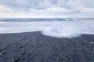New Zealand, South Island, Hokitika, sundown at ocean - WV000726