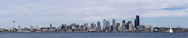 USA, Washington State, Puget Sound and skyline of Seattle - FOF007112