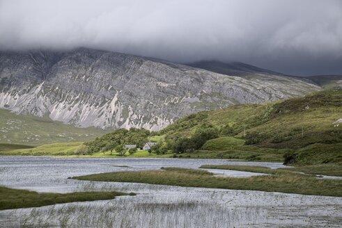 UK, Scotland, Loch Stack with Ben Stack - ELF001316