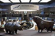 Germany, Hesse, interior of Frankfurt Stock Exchange - AM002898