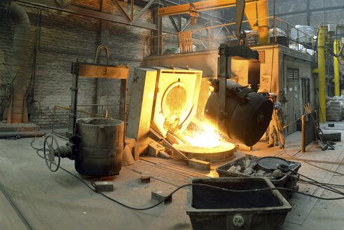 Deslagging at blast furnace in a foundry - SCH000419