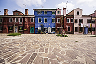 Italy, Veneto, Venice, Burano, Old colourful houses - THAF000631