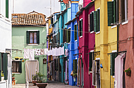 Italy, Veneto, Venice, Burano, Colourful houses - THAF000633