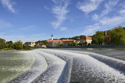 Germany, Bavaria, Upper Bavaria, Werdenfelser Land, Landsberg am Lech, Lech river, weir - LHF000423