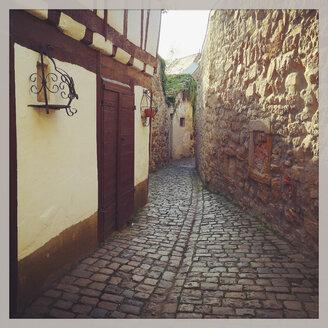 Germany, Freinsheim, historical old town - GWF003172