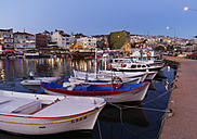 Turkey, Black Sea Region, Sinop Province, Sinop, Fishing harbour and Fortress in the evening light - SIEF006089