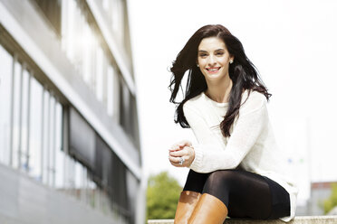 Portrait of happy young woman - GDF000456