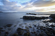 UK, Scotland, Isle of Skye, coast - DLF000011