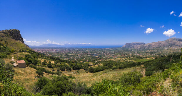 Italy, Sicily, Province of Palermo, View to Mountains of Castellammare del Golfo, seen from Borgetto, Panorama - AMF002968