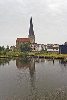 Germany, Mecklenburg-Western Pomerania, Rostock, St. Peter's Church - MELF000026