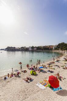 France, Provence-Alpes-Cote d'Azur, Department Var, Bandol, Beach - WD002657