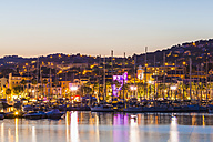 France, Provence-Alpes-Cote d'Azur, Department Var, Bandol, Marina in the evening - WDF002664