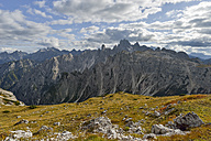 Italy, Veneto, Dolomites, Mountain scenery at the Tre Cime di Lavaredo area - RJF000314