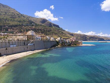Italy, Sicily, Province of Trapani, Fishing village Castellammare del Golfo - AMF003008