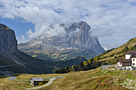 Italy, South Tyrol, Dolomites, Gardena pass with Langkofel in the morning - RJF000330