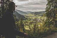 Austria, Tyrol, Tannheimer Tal, mature man hiking - UUF002303
