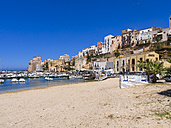 Italy, Sicily, Province of Trapani, Fishing village Castellammare del Golfo, Beach and harbour - AMF003045