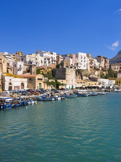 Italy, Sicily, Province of Trapani, Fishing village Castellammare del Golfo, Harbour - AMF003038