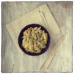 Wok dish with cabbage and rice - EVGF000949