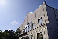 Germany, North Rhine-Westphalia, Duesseldorf, modern storehouse - GUFF000034