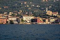 Italy, Veneto, Malcesine, View of the city - LVF002156