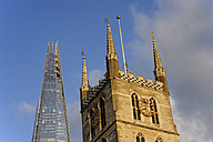 UK, London, The Shard and Southwark cathedral - MIZF000637