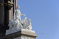 UK, London, Engineering sculpture at the Albert Memorial - MIZF000656