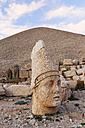 Turkey, Adiyaman Province, view to stone head of Antiochos at Mount Nemrut - SIEF006247